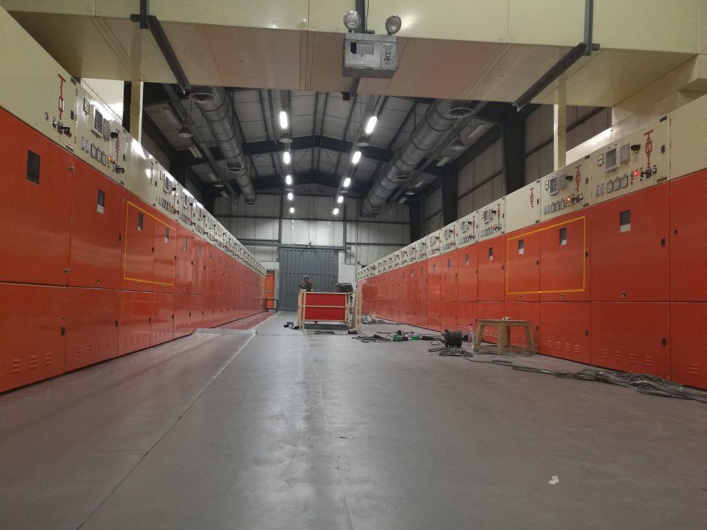 کارخانه مس سرچشمه - پروژه عایق سازی واحدهای برقی با کفپوش صنعتی